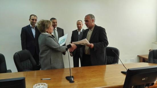 Signing-of a Memorandum